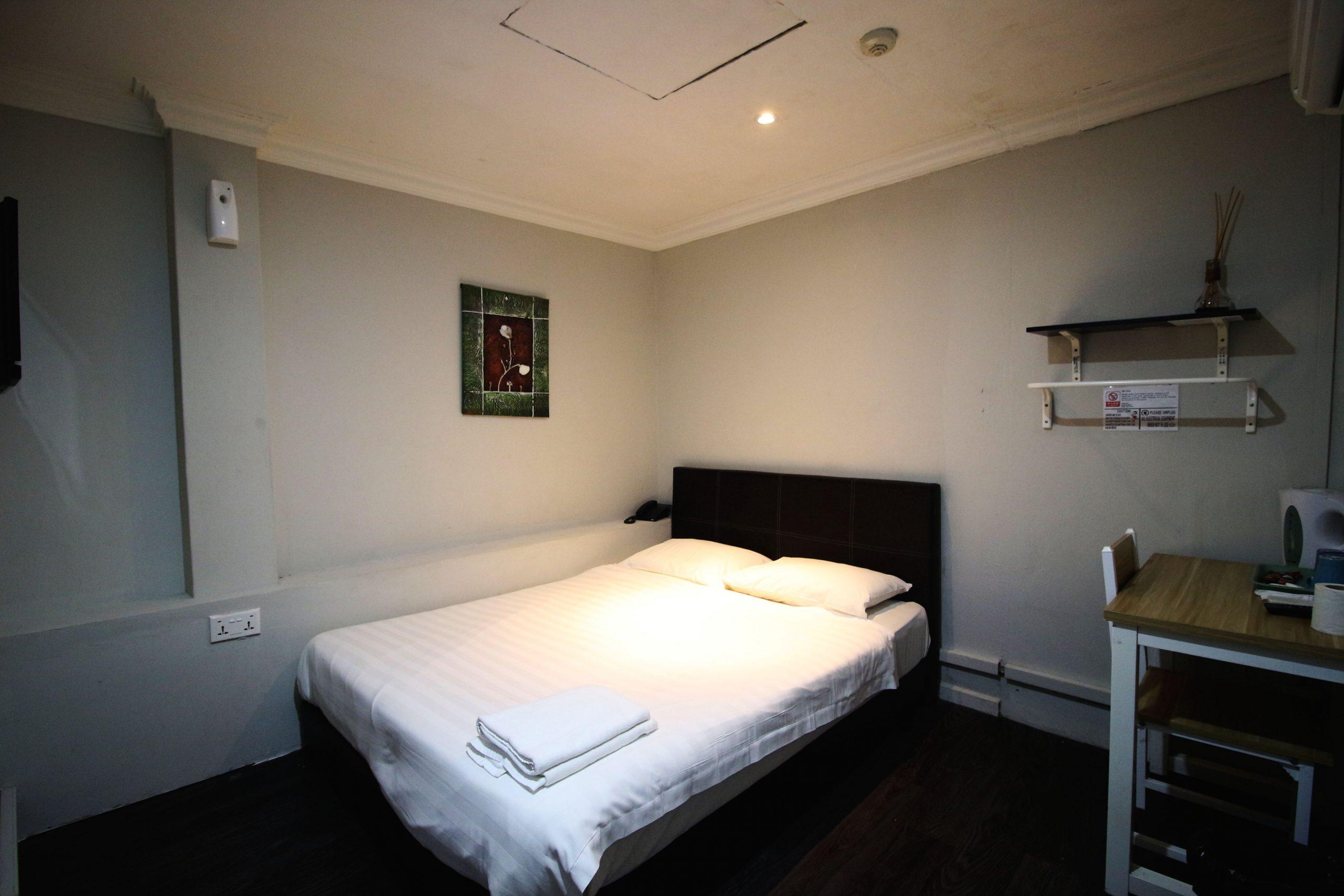 standard-double-room